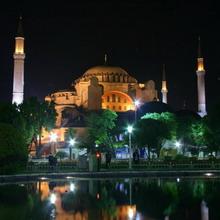 Стамбул: тысяча и одна ночь в движении