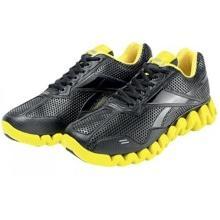 Энергоемкие кроссовки