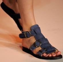 Лето в сандалях