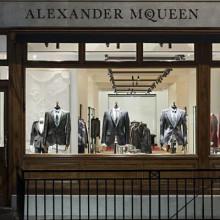 Первый мужской бутик McQueen в Лондоне