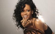 Rihanna выпустила коллекцию одежды