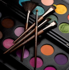 Make Up For Ever с новой коллекцией кистей для макияжа