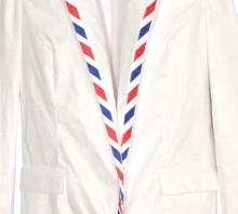 Пиджак из полиэтилена, вдохновленный почтовым конвертом