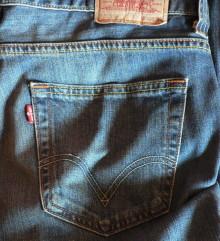 Первые голубые джинсы появились ровно 140 лет назад