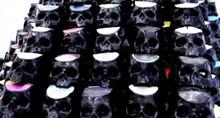 Тед Ридерер превратил виниловые пластинки в черепа