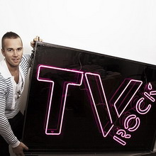TV Rock работают с лейблом Axtone